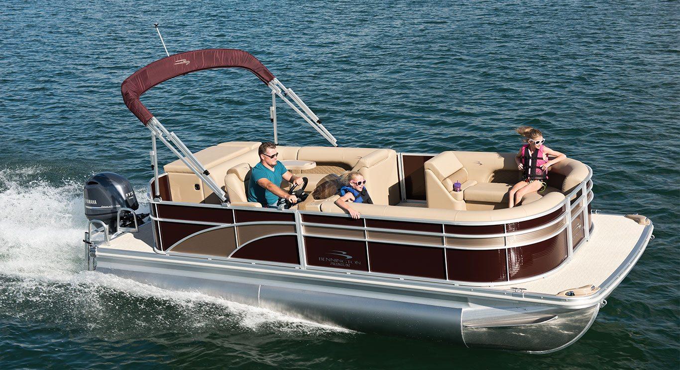 SX21 Premium Pontoon Boats By Bennington