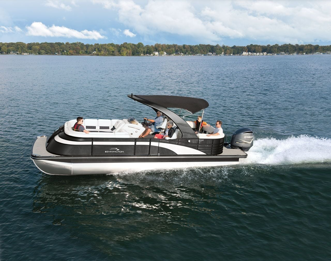 Meet The Bennington Q Series Pontoon Boat Bennington