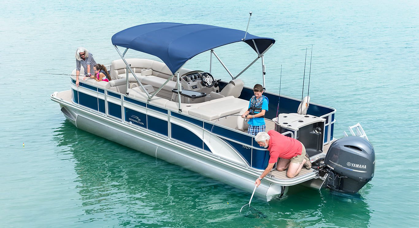 Sx25 premium cruise fishing pontoon boats by bennington for Fishing pontoon boats