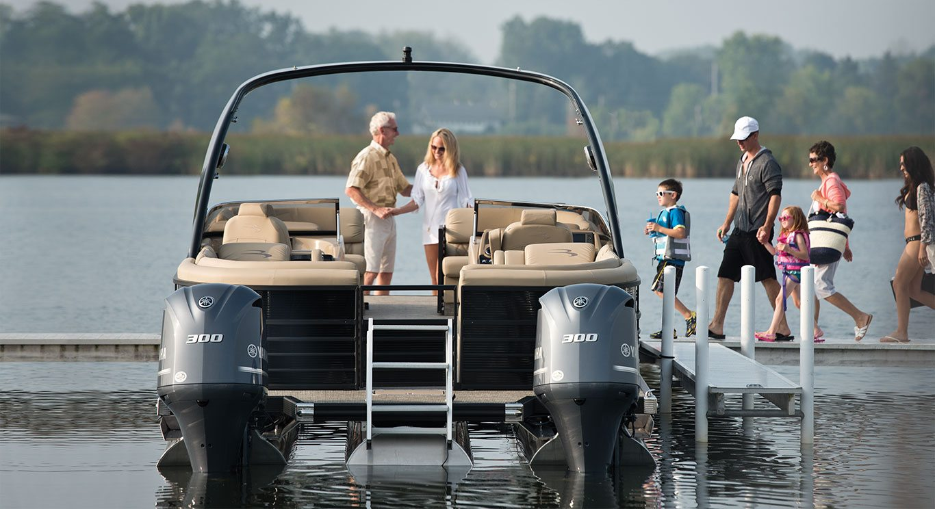 Q30 10' Wide Twin Engine Custom Pontoon Boats