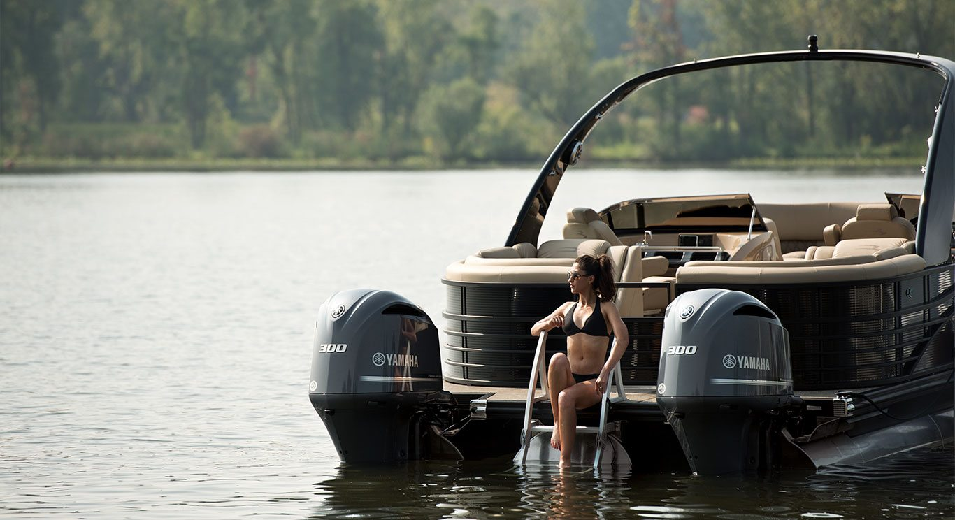 Q30 10 39 wide twin engine custom pontoon boats for 400 hp boat motor price